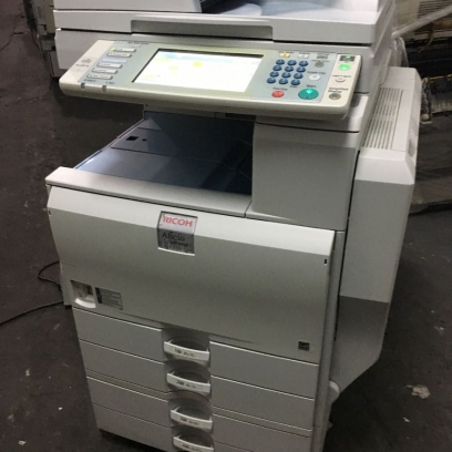 Máy Photocopy Màu Rioch Mp C4000